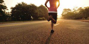 la corsa aiuta a bruciare le calorie in eccesso